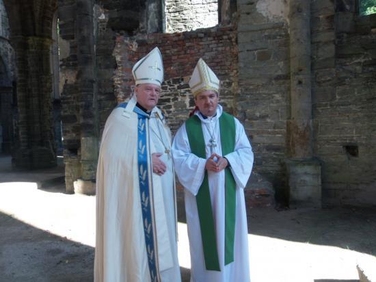 Consecration episcopale le 19 09 2014 5